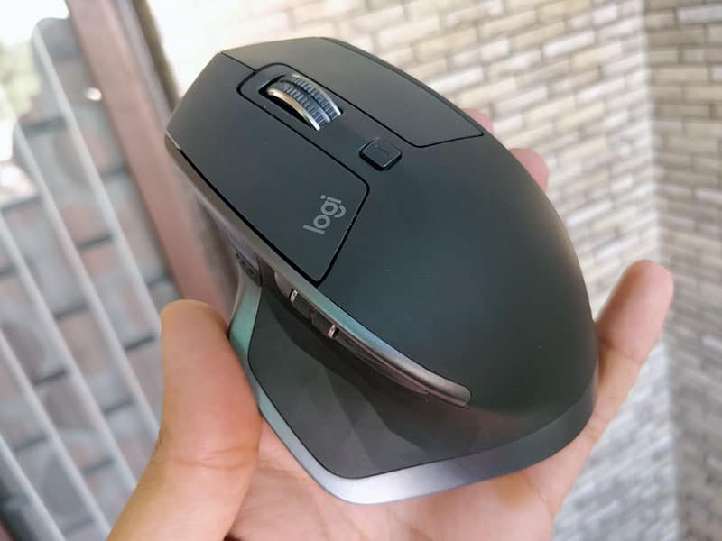 Logitech MX Master 2S Mouse Review with Pros & Cons